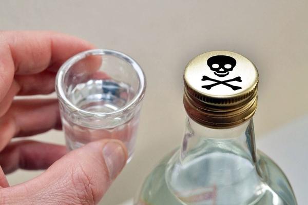 На Тернопільщині, літра спирту стала причиною загибелі чоловіка