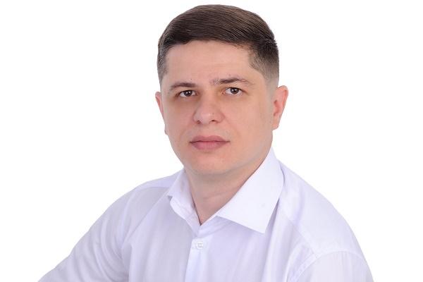 Кандидат у народні депутати Ігор Юзьвак: «Знати українську мову доведеться всім і в кожному куточку»