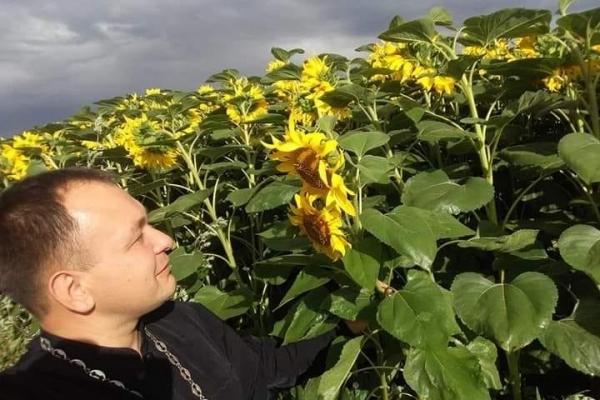 Священик з Тернопільщини запустив цікавий флешмоб