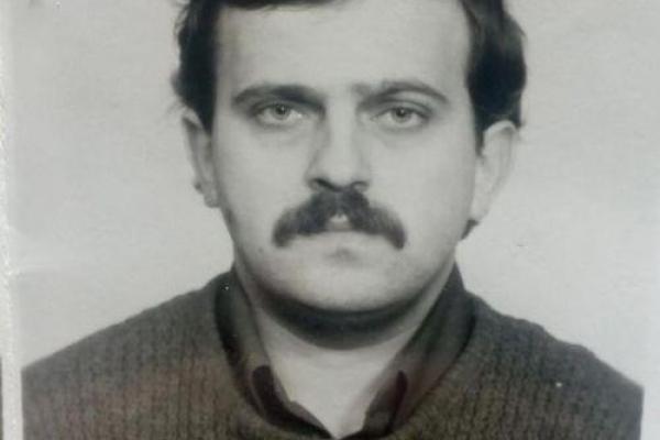 Жінка з Тернополя просить допомогти знайти зниклого сина