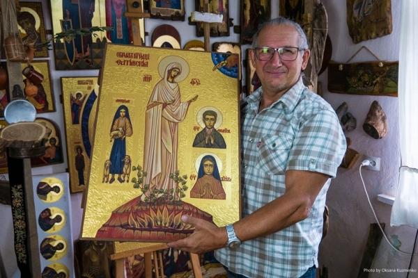 Роботи іконописця з Чорткова є у колекціях Папи Римського, Порошенка та Ющенка