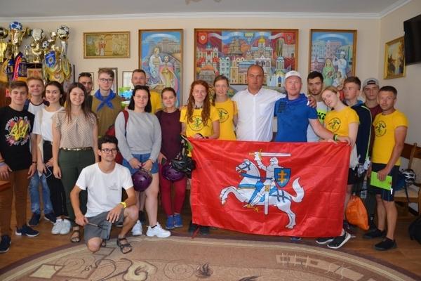 З Литви до Чорткова: литовські активісти налагоджують контакти з молоддю