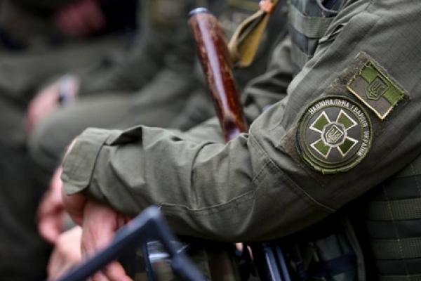 Тернопільський нацгвардієць, який вистрілив собі в голову,  помер у лікарні