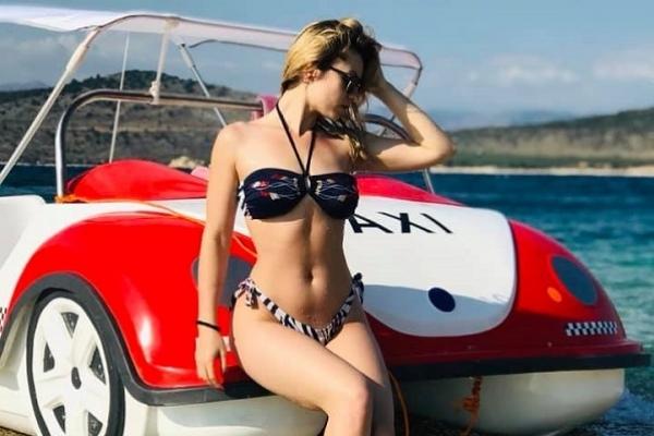 Відома тернопільська співачка показала «гарячі» фото з відпочинку
