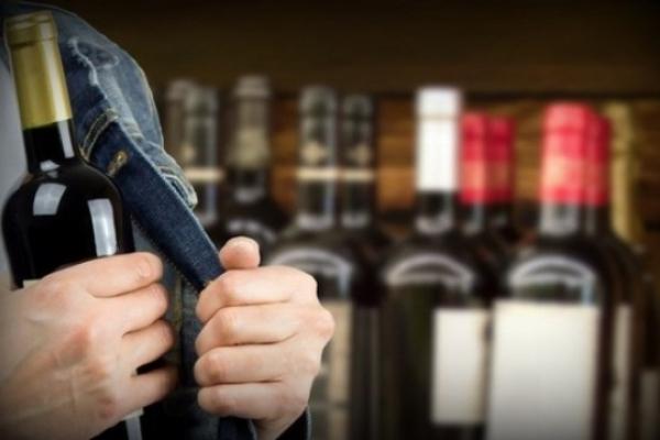 П'ять років ув'язнення за крадіжку елітного алкоголю