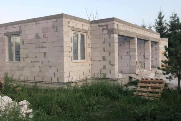 Радник міністра МВС повідомляє про мародерів у селі на Тернопільщині (Фото)