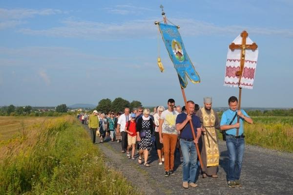 У Лішні на Кременеччині молитвою вшанували подвиг полеглих Героїв