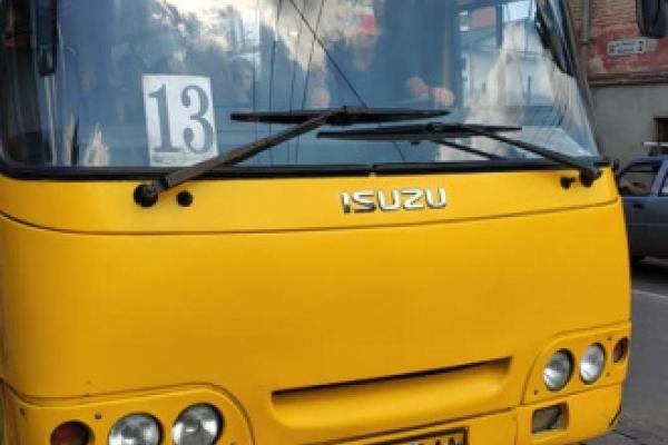 Тернополянка не може оговтатися від нахабства водія маршрутки