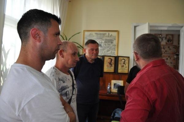 Допрем'єрний показ документального кіно стартував у Тернополі
