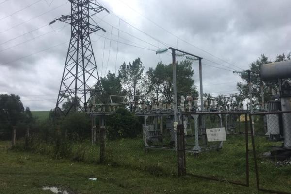На Тернопільщині більшість сіл залишилися без світла
