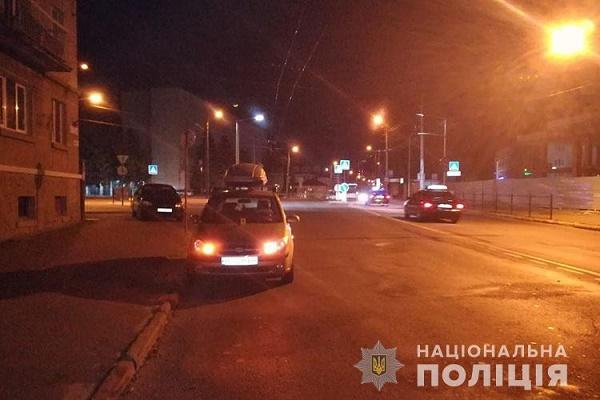 У Тернополі в аварію потрапила 23-річна дівчина