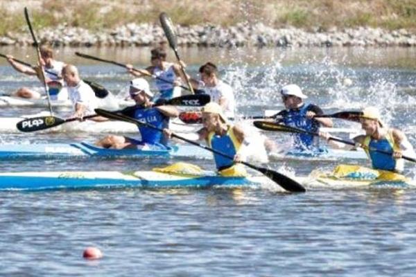 Тернопільські веслувальники вибороли три медалі у Дніпрі