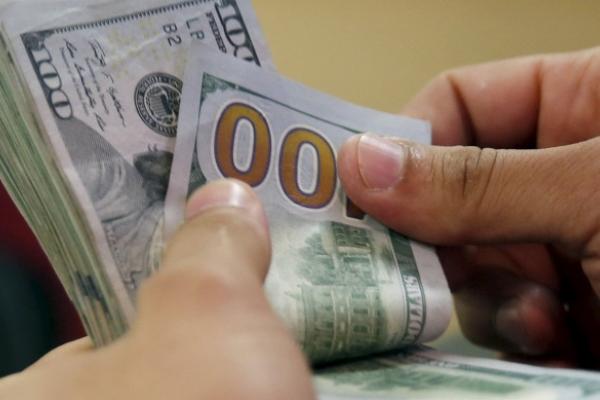 Тисяча доларів і ніяких проблем: тернопільський поліцейський вимагав хабаря