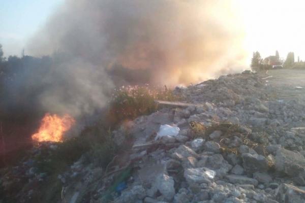 На Микулинецькому кладовищі спалахнула  пожежа