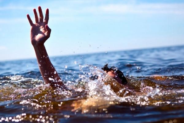 Не врятували навіть рятувальні  жилети: на Тернопільщині втопився 10-річний хлопчик