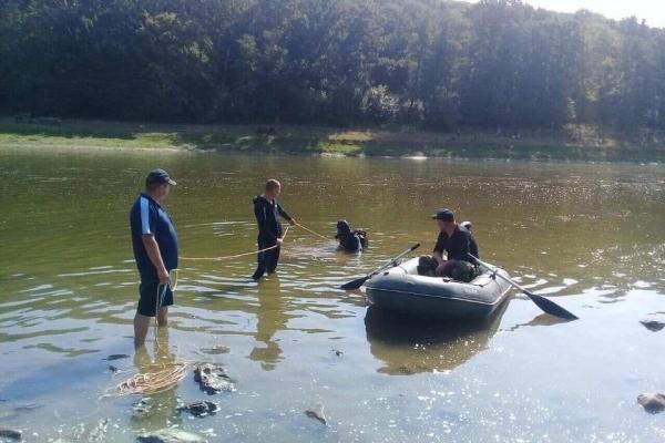 На Тернопільщині тривають пошуки хлопчика, який зник у водах Дністра