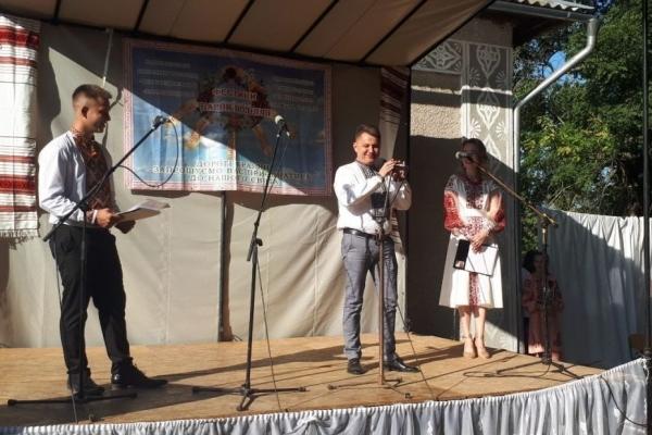 «Такі заходи гуртують громаду, об'єднують людей, тому вони вкрай необхідні», – Віктор Овчарук про фестиваль «Барви Поділля»