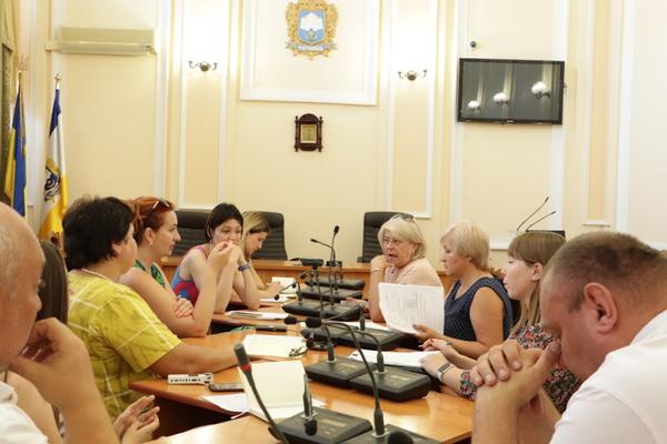 Що затвердили на першому засіданні Номінаційного комітету громадського бюджету?