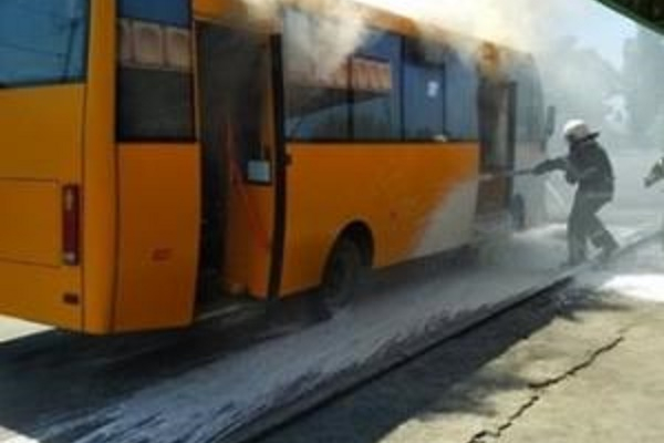 У Тернополі на ходу загорілася маршрутка
