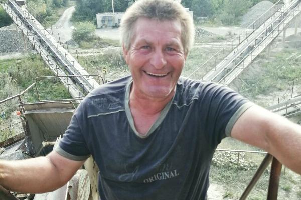Колишній воїн з Гусятинського району працює грохотником