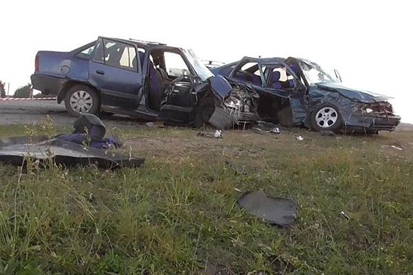 У Бучацькому районі в ДТП загинуло двоє людей (Відео)