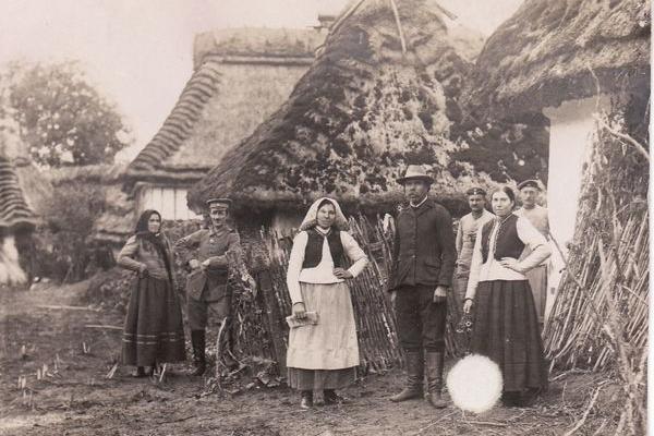 Село Лошнів на Тернопільщині 100 років тому