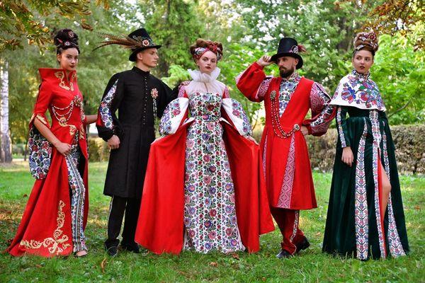 Розкішну колекцію одягу створили студенти Галицького коледжу імені В'ячеслава Чорновола