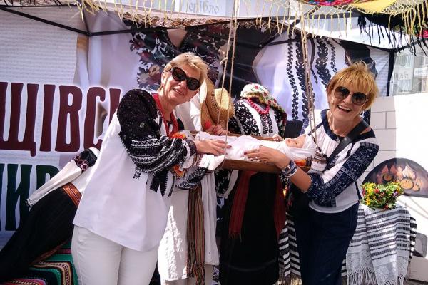 У Борщові відгуляли фестивалі «Борщівська вишиванка» та «Борщ'їв-2019»