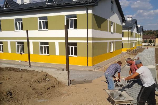 На Тернопільщині збудували казарми покращеного планування для майже 400 контрактників (Фото)