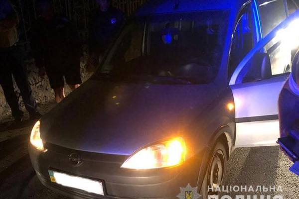 Щоб доїхати до Тернополя п`яний чоловік вкрав автомобіль