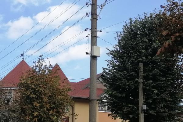 «Безпечне місто»: у Почаєві встановили відеоспостереження