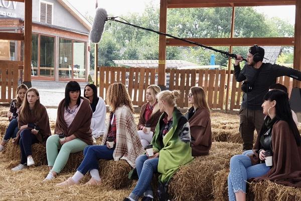 На телеканалі Тернопіль 1 розпочали зйомки романтичного реаліті «Хочу заміж»