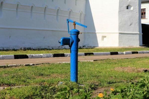 18-19 вересня тернополянам, які залишаться без води, радять скористатись колонками-качалками