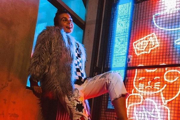 Популярна співачка і блогерка задовольнила свої гастрономічні смаки в Тернополі
