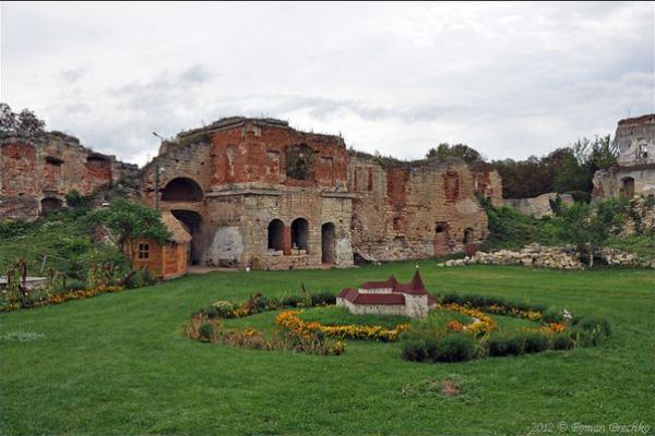 22 вересня Бережанський замок запрошує на свято «Вінок культур»
