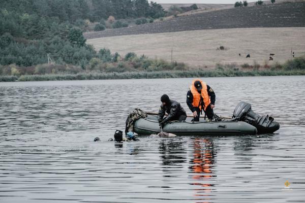 «Вода помилок не пробачає»: на Тернопільщині водолази два дні шукали чоловіка