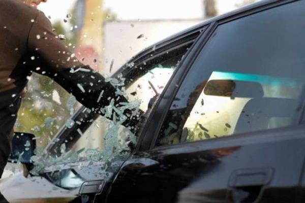 На тернопільських автозаправках обкрадають водіїв