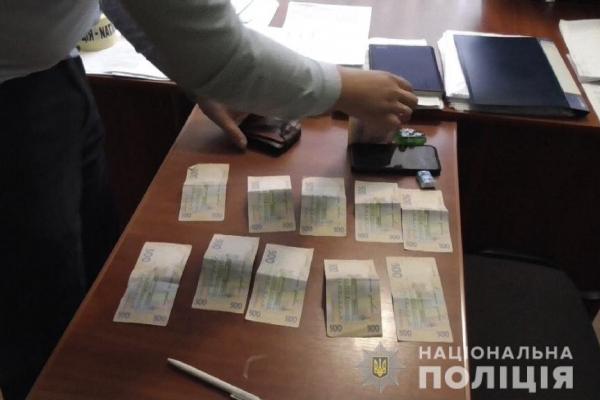 Теребовлянець пропонував поліцейському 5000 гривень