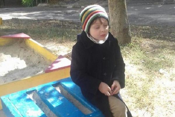У Тернополі 4-річний хлопчик без відома батьків зайшов зі Східного на автовокзал