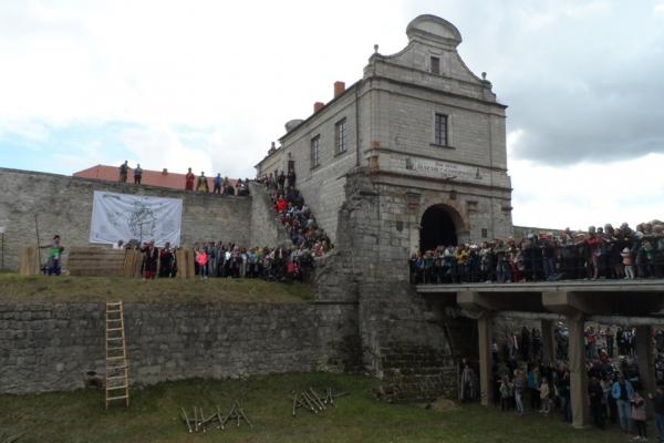 У Збаражі замок знову взяли в облогу: минуло 370 років з часів вирішального штурму