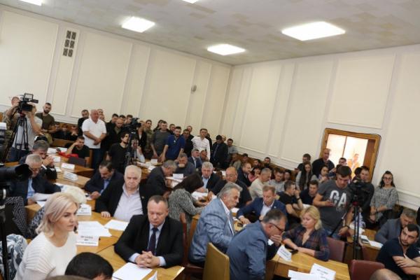 Депутати Тернопільської облради виступили проти «формули Штайнмаєра» та звернулись до керівництва держави