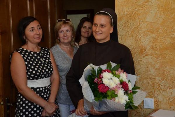 На Тернопільщині монахиня стала мамою для 9 сиріт