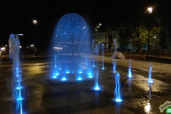 У Тернополі тестують новий фонтан (Фото)