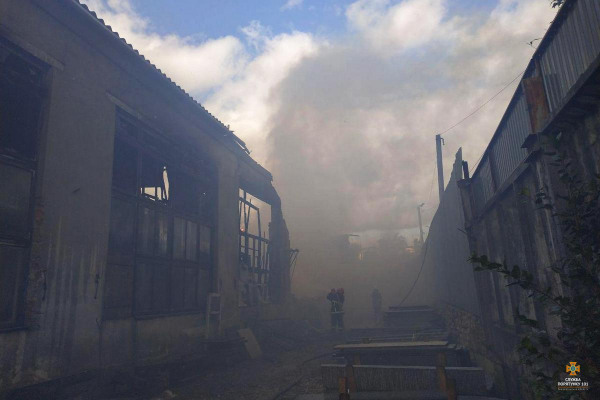 У Тернополі  на Новому світі  серйозна пожежа (Деталі)