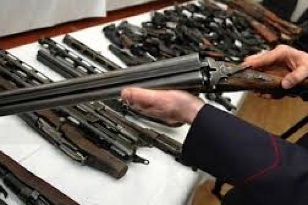 На Тернопільщині люди здали більше ніж сто одиниць зброї
