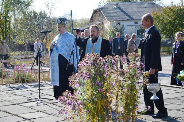 У Теребовлі в день Покрови Пресвятої Богородиці вшанували всіх загиблих за волю та незалежність України