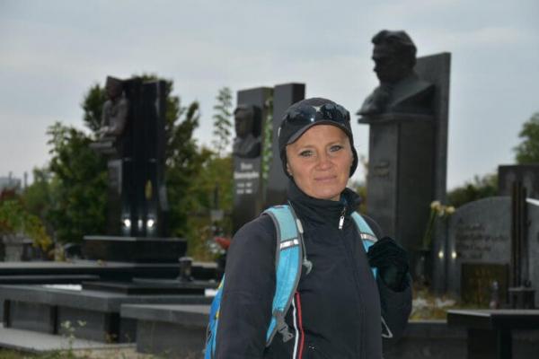 Микулинецький цвинтар: живі історії за надгробками