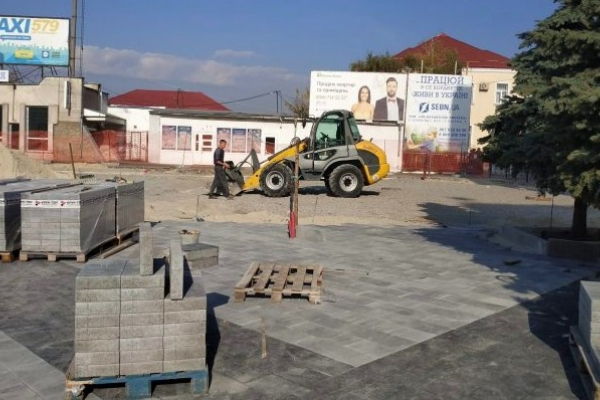 У Тернополі реконструюють Привокзальну площу