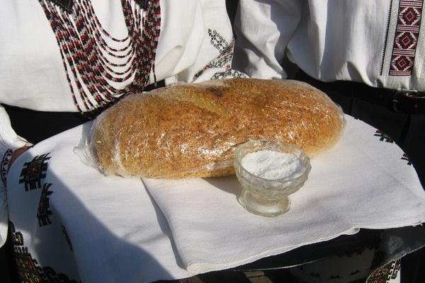 Роздрібні ціни на хліб в Теребовлі, в деяких містах, селах Тернопільщини, України та в світі