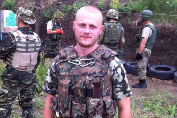 «Азовець» із Тернопільщинии Сергій Янзюк отримав орден «Лицарський хрест добровольця»